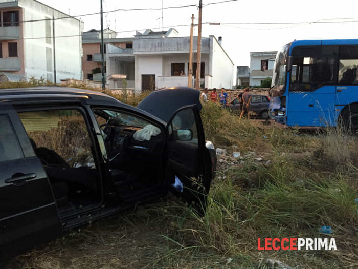 Incidente in Salento, morto turista, grave la moglie